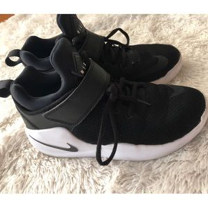 Unisex black nike KWAZI high top sneakers